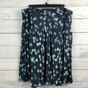 Simply Vera Wang XL Floral Pleated Flippy Skirt